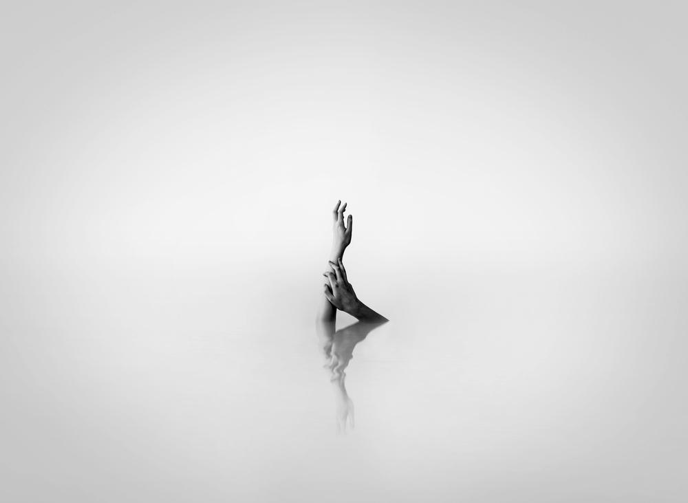 © Victor Hamke - After