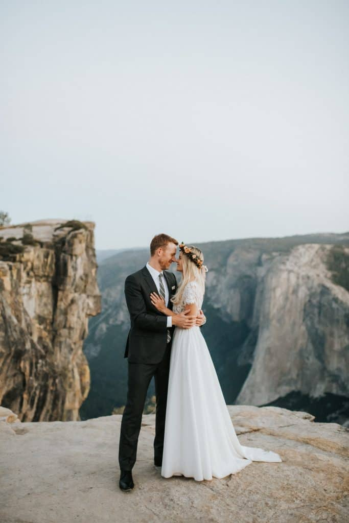 newlyweds at yosemite national park