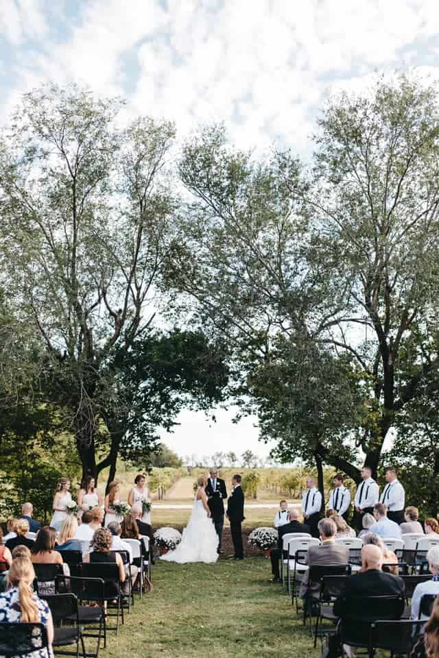 10 Charming Kansas Wedding Venues For Your Big Day