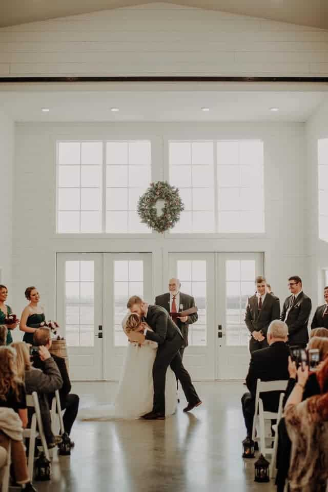Kansas Wedding Venues - The Prettiest Places For Your ...