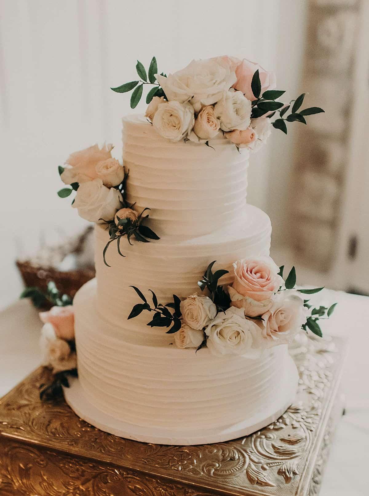 Austin Texas Wedding - Wonderful Celebration at Chateau Bellevue