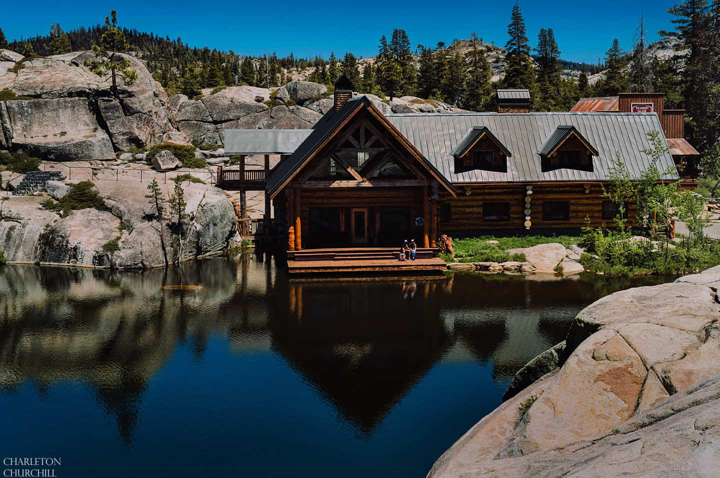 Get A Stunning Nature Backdrop With These Lake Tahoe Wedding Venues