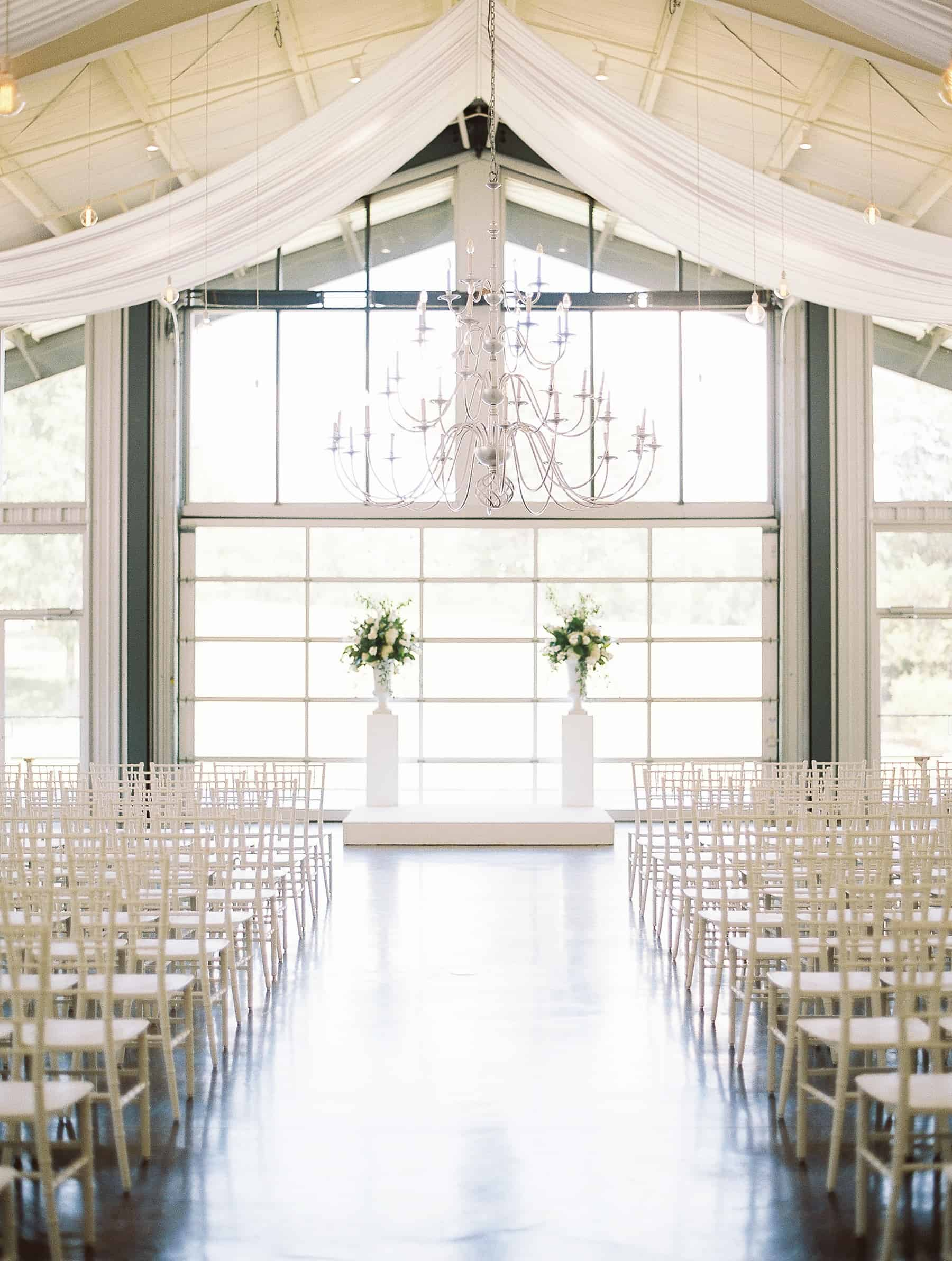 Explore The Most Stunning Wedding Venues In Arkansas