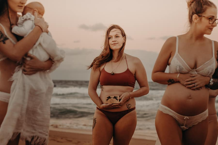 38 Incredible Maternity Photos Full Of Beauty & Love