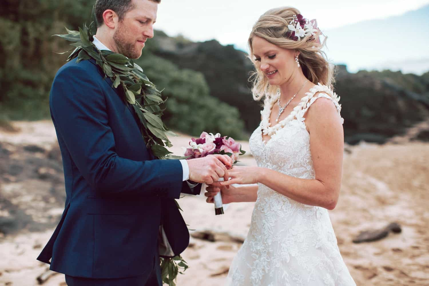 Lovely & Intimate Maui Elopement