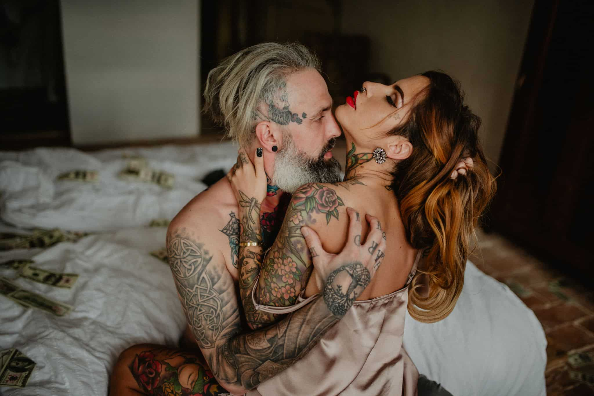 The 77 Most Beautiful Couple Photos Of 2019