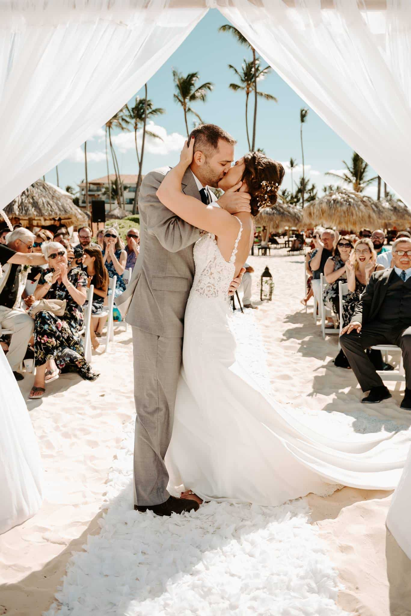76 Wedding Moments That Will Leave You Speechless
