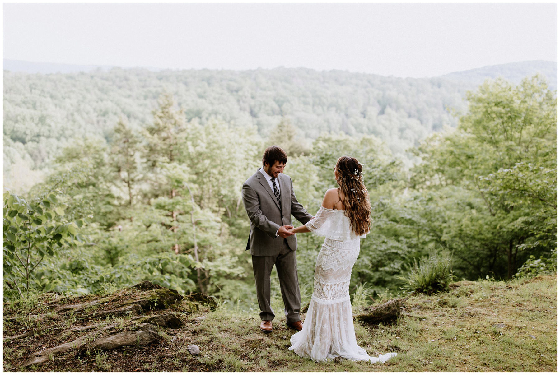 A Beautiful & Intimate Elopement in Pennsylvania