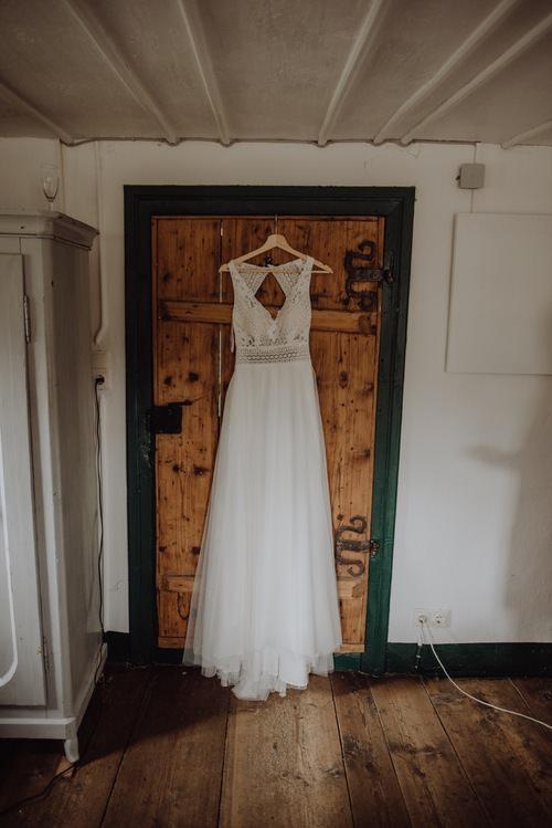 A Wonderful Cabin Wedding In Austria