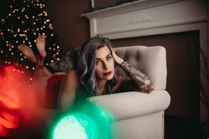 Christmas Boudoir ideas for holiday themed sessions.