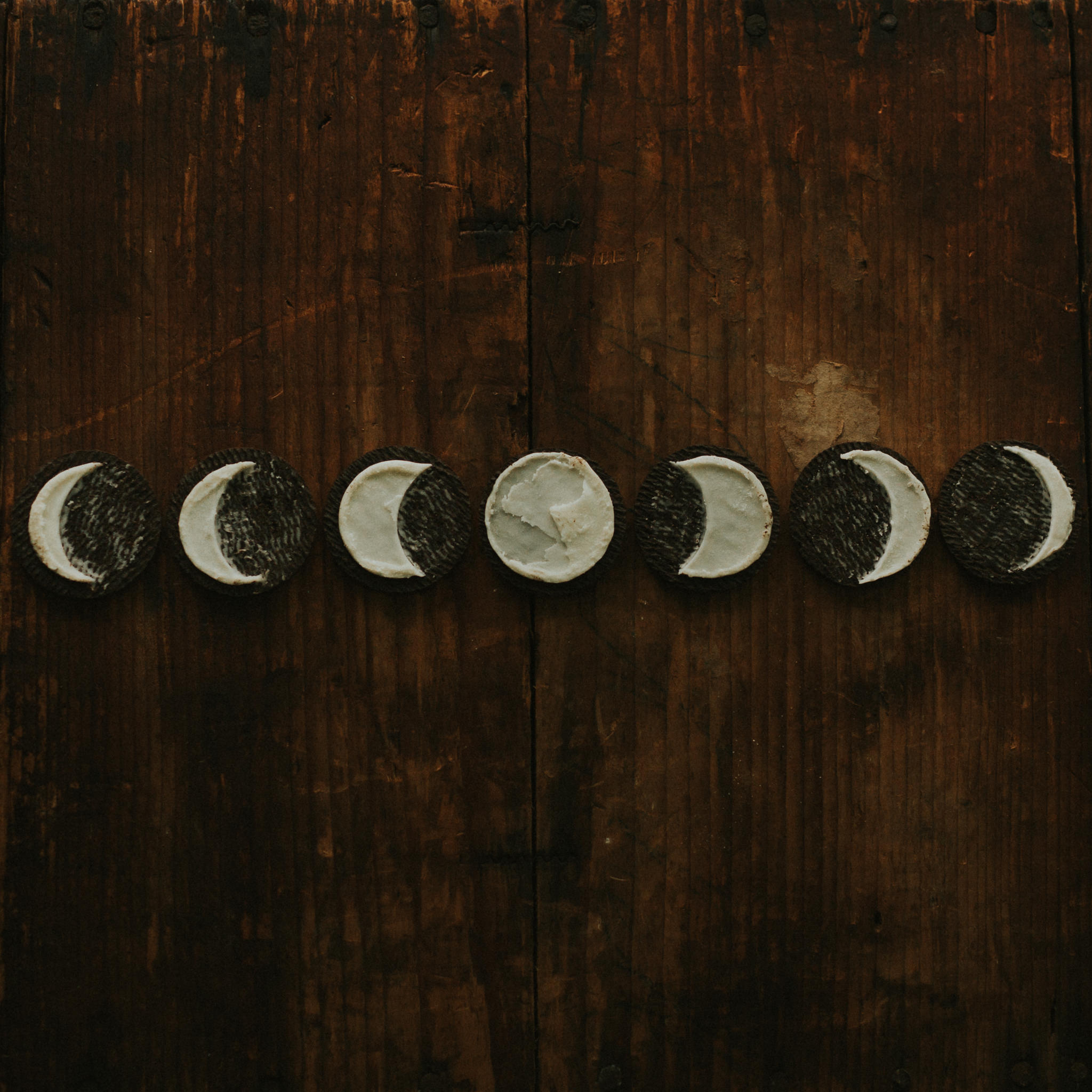a picture of oreo's that show the moon phases