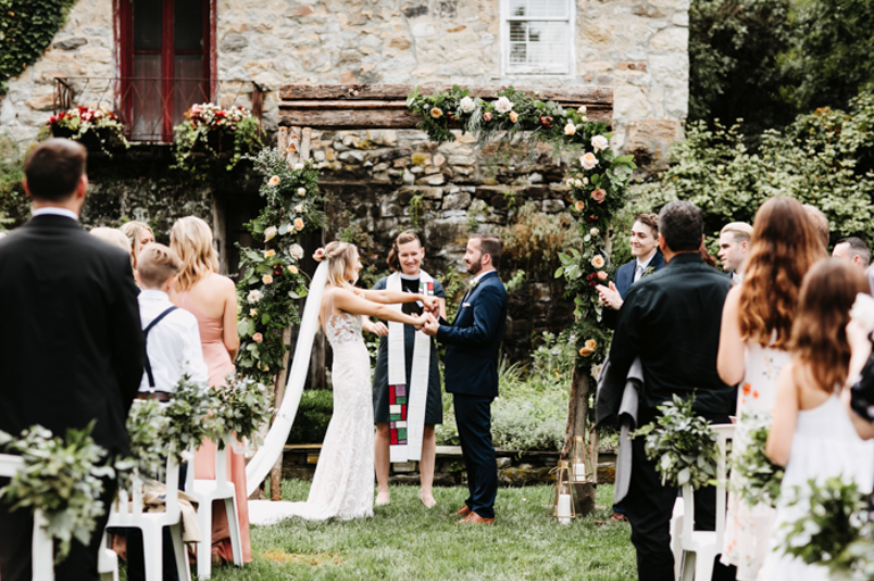 A wedding couple is getting married at the Crossed Keys Estate in New Jersey.