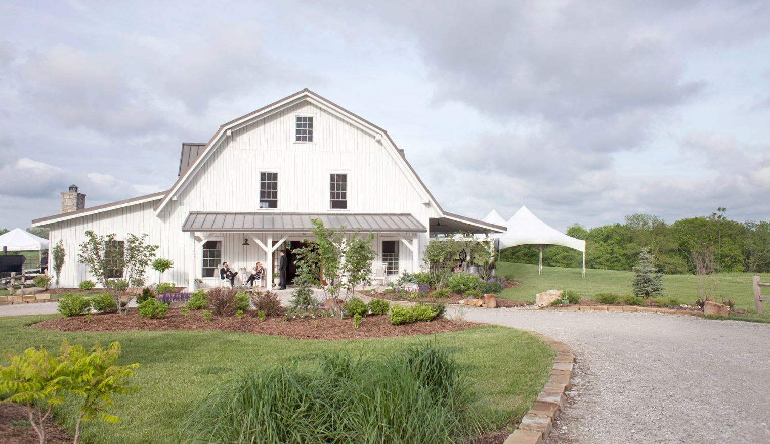 the Blue Bell Farm is located in Fayette, Missouri.