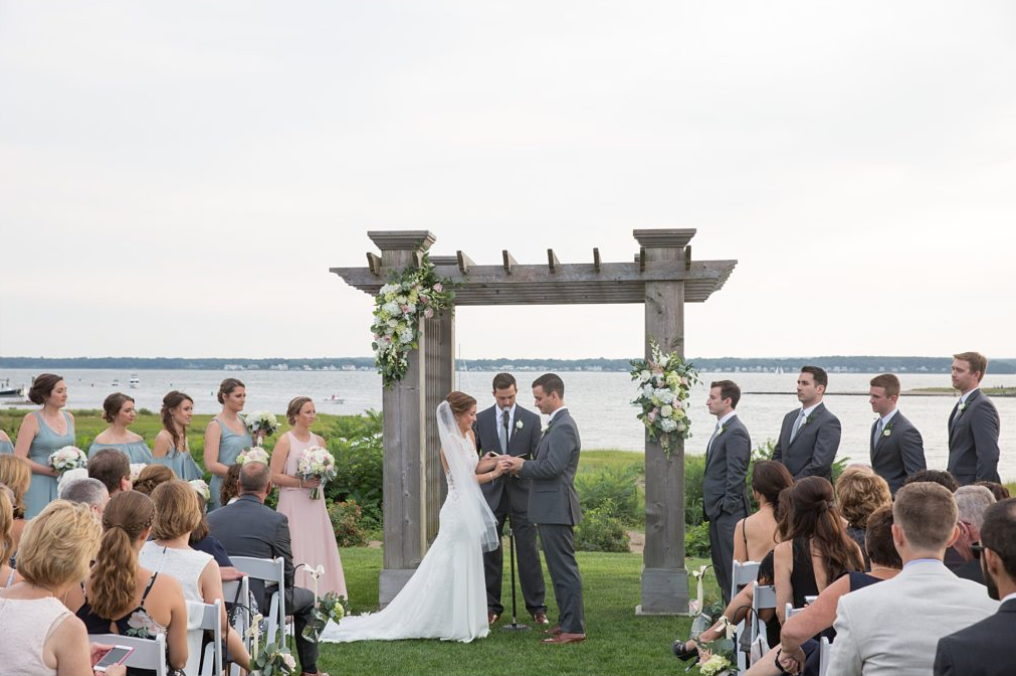 A wedding couple is getting married at Harbor Lights in Warwick.
